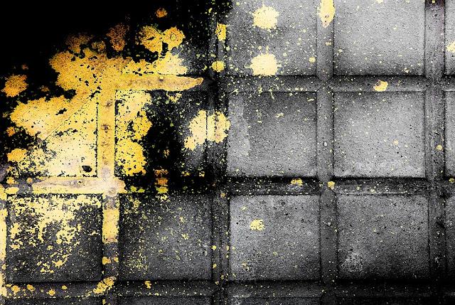 079-A-Rajolestacadesdegroc De l'abstracció a la figuració - Fotografies de Josep Maria March