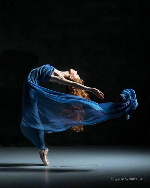 artxtu-ballantambart Ballant amb l'ART