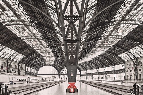 photo-train-station-barcelona-franck-bohbot YellowKorner