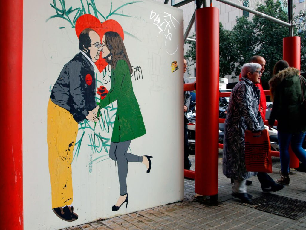 01-1024x768 TVBoy - Street Art - Petons al mig del carrer