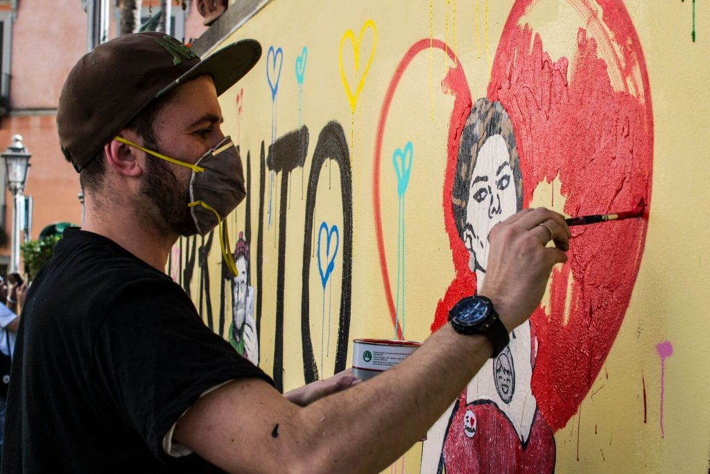 DSC0168_preview-1024x683 TVBoy - Street Art - Petons al mig del carrer