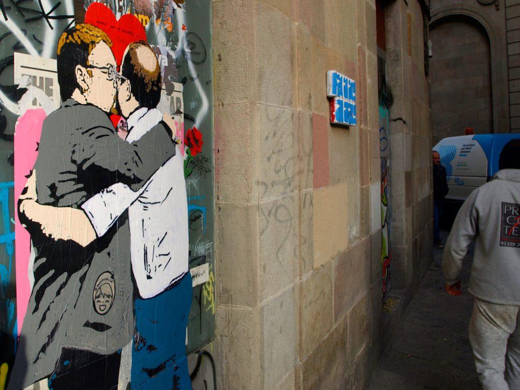 b3-1024x768 TVBoy - Street Art - Petons al mig del carrer
