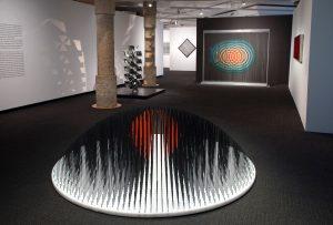 TbLIEsow-300x203 Exposicio ART CINÈTIC a La Pedrera