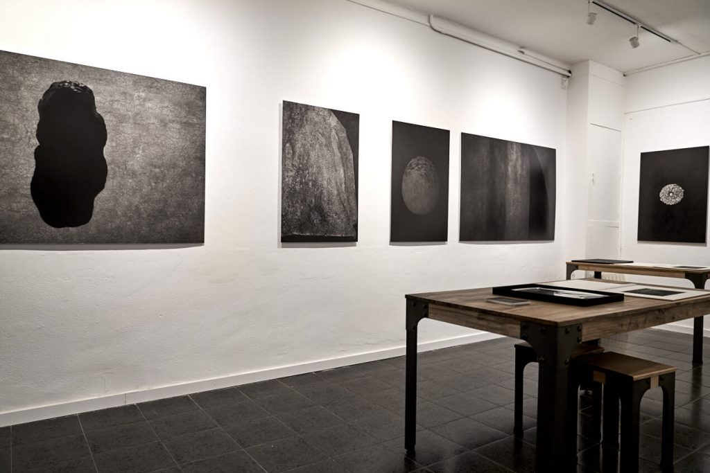 "patricia-bofill-exposicion-fifty-dots-gallery-barcelona-3-1024x683 Patricia Bofill - ""Fotografías de lo Invisible"" - Fity Dots Gallery"